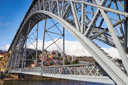 dom: Pont Dom Luis I à Porto, Portugal