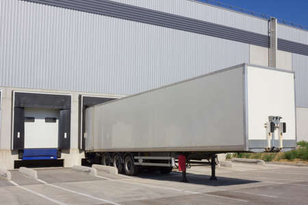 loading bay: Single truck at loading docks