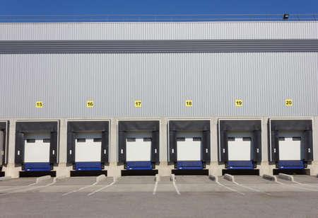 Portes de chargement de cargaison dock à grand entrepôt