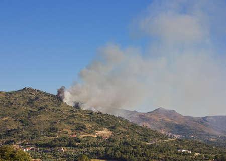 forest fire: Incendios forestales en Portugal Foto de archivo
