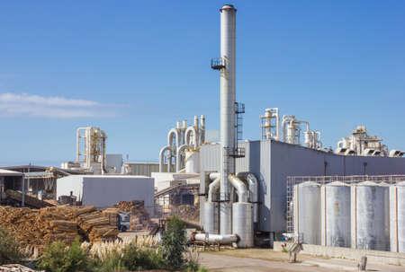 Paper Factory agaist blauwe hemel Stockfoto