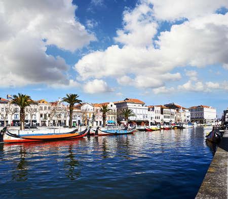 uitzicht vanaf het kanaal van Aveiro, Portugal