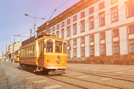 Traditional tram in old Porto city Stockfoto
