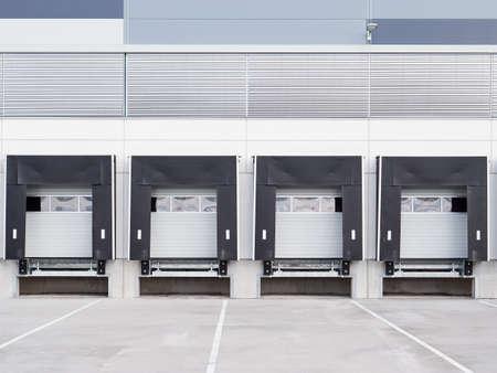 Loading amps of large warehouse