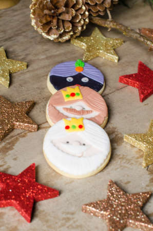 melchor: Colorful Christmas cookies decorated with fondant.