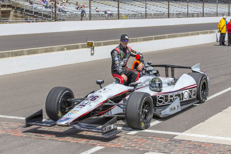 indianapolis, IN - May 17, 2014:  Kurt Busch (26) makes his qualifying run of 229.256 MPH for the Indianapolis 500 at Indianapolis Motor Speedway in indianapolis, IN.   MANDATORY PHOTO CREDIT:  Walter G. Arce, Sr. KBIActionSportsInc.com
