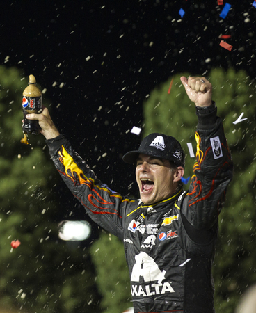 dupont: Kansas City, KS - May 10, 2014:  Jeff Gordon (24) wins the 5-hour Energy 400 Benefiting Special Operations Warrior Foundation at Kansas Speedway in Kansas City, KS.