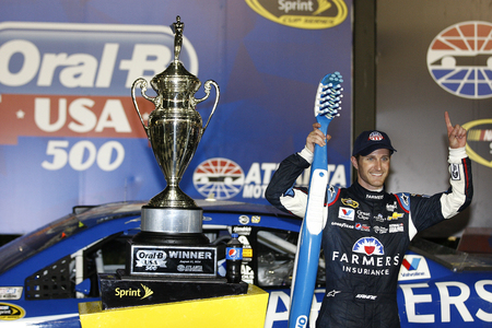 nscs: Hampton, GA - Sep 01, 2014:  Kasey Kahne (5) wins the Oral-B USA 500 at Atlanta Motor Speedway in Hampton, GA.