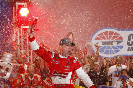 nascar: Concord, NC - Oct 11, 2014:  Kevin Harvick (4) wins the Bank of America 500 at Charlotte Motor Speedway in Concord, NC. Editorial