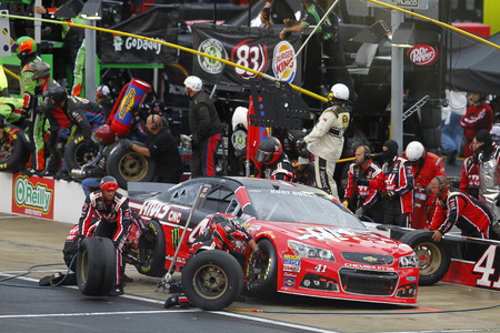 tn: Bristol, TN - Apr 19, 2015:  Kurt Busch (41) brings his car in for service during the Food City 500 at Bristol Motor Speedway in Bristol, TN. Editorial