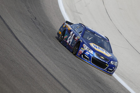 commander: Ft. Worth, TX - Apr 07, 2016: Chase Elliott (24) practices for the Duck Commander 500 at the Texas Motor Speedway in Ft. Worth, TX.