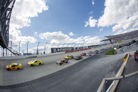 nascar: Dover, DE - May 15, 2016: The NASCAR Sprint Cup series teams take to the track for the AAA 400 Benefiting Autism Speaks  at the Dover International Speedway in Dover, DE.