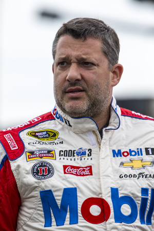 nscs: Concord, NC - May 29, 2016: Tony Stewart (14) hangs out on the grid prior to the Coca-Cola 600 at the Charlotte Motor Speedway in Concord, NC.