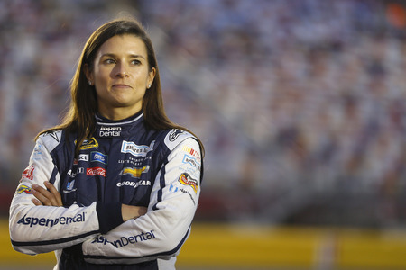 Concord, NC - Oct 06, 2016: Danica Patrick (10) waits to qualify for the Bank of America 500 at the Charlotte Motor Speedway in Concord, NC. Editoriali