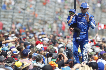 April 09, 2017 - Ft. Worth, Texas, USA: Kyle Larson (42) waves to the crowd before the start of the OReilly Auto Parts 500 at Texas Motor Speedway in Ft. Worth, Texas. Editorial