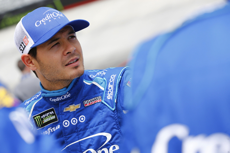 April 24, 2017 - Bristol, Tennessee , USA: Kyle Larson (42) watches practice as teams take to the track for the Food City 500 at Bristol Motor Speedway in Bristol, Tennessee . Editorial