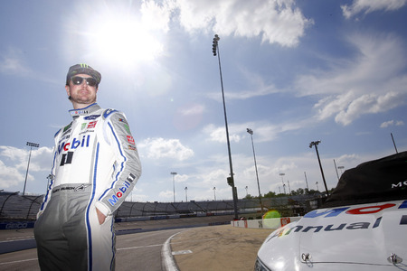 April 28, 2017 - Richmond, Virginia, USA: Kurt Busch (41) waits to qualify for the Toyota Owners 400 at Richmond International Speedway in Richmond, Virginia. Editorial