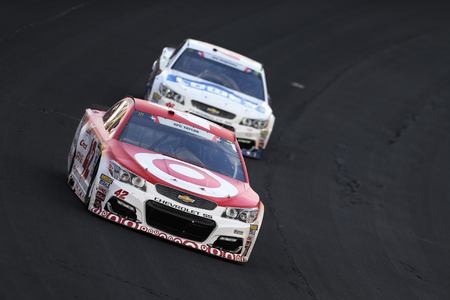 kyle: May 28, 2017 - Concord, NC, USA: Kyle Larson (42) brings his car through the turns during the Coca Cola 600 at Charlotte Motor Speedway in Concord, NC. Editorial