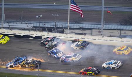 February 18, 2018 - Daytona Beach, Florida, USA: Alex Bowman (88),Ryan Newman (31),Ricky Stenhouse Jr (17),Kyle Larson (42),Matt DiBenedetto (32), AJ Allmendinger (47), Brendan Gaughan (62) and Martin Truex Jr (78) get bunched up off turn one during the D