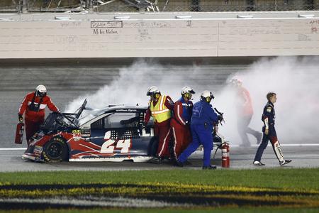 May 12, 2018 - Kansas City, Kansas, USA: William Byron (24) wrecks during the KC Masterpiece 400 at Kansas Speedway in Kansas City, Kansas.