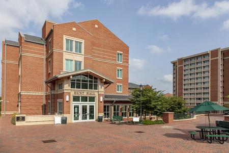 L'Università della Carolina del Nord a Charlotte, nota anche come UNC Charlotte, è un'università di ricerca pubblica situata a Charlotte, nella Carolina del Nord, negli Stati Uniti. Editoriali