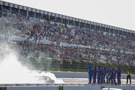 July 29, 2018 - Long Pond, Pennsylvania, USA: Kyle Busch (18) wins the Gander Outdoors 400 at Pocono Raceway in Long Pond, Pennsylvania.