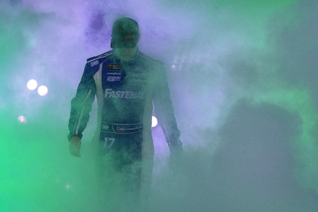 September 22, 2018 - Richmond, Virginia, USA:  Ricky Stenhouse, Jr (17) gets introduced for the Federated Auto Parts 400 at Richmond Raceway in Richmond, Virginia. Редакционное