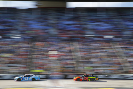 November 04, 2018 - Ft. Worth, Texas, USA: Martin Truex, Jr (78) races during the AAA Texas 500 at Texas Motor Speedway in Ft. Worth, Texas. Редакционное
