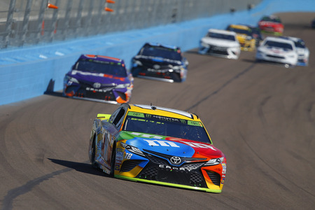 November 11, 2018 - Avondale, Arizona, USA: Kyle Busch (18) races during the Can-Am 500(k) at ISM Raceway in Avondale, Arizona.
