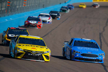 November 11, 2018 - Avondale, Arizona, USA: Matt Kenseth (6) races during the Can-Am 500(k) at ISM Raceway in Avondale, Arizona.