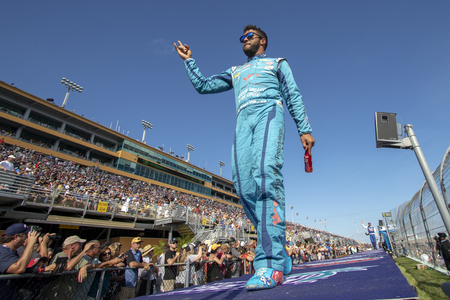 November 18, 2018 - Homestead, Florida, USA: Darrell Wallace, Jr (43) takes to the stage for driver introductions at the Ford 400 at Homestead-Miami Speedway in Homestead, Florida. Editorial