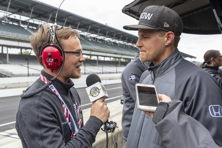 May 10, 2019 - Indianapolis, North Carolina, USA: MARCUS ERICSSON (R) (7) of Sweden  gives an interview to the media during the IndyCar Grand Prix of Indianpolis at Indianapolis Motor Speedway in Indianapolis, North Carolina. Sajtókép