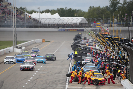 June 10, 2019 - Brooklyn, Michigan, USA: Joey Logano (22) makes a pit stop during the FireKeepers Casino 400 at Michigan International Speedway in Brooklyn, Michigan. Редакционное