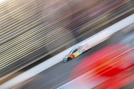 June 10, 2019 - Brooklyn, Michigan, USA: Kyle Busch (18) races down the front stretch during the FireKeepers Casino 400 at Michigan International Speedway in Brooklyn, Michigan. Редакционное