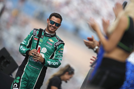 September 15, 2019 - Las Vegas, Nevada, USA: Kyle Larson (42) gets ready for the South Point 400 at Las Vegas Motor Speedway in Las Vegas, Nevada.