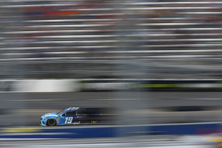 October 27, 2019 - Martinsville, Virginia, USA: Martin Truex Jr. (19) races for the First Data 500 at Martinsville Speedway in Martinsville, Virginia. Redakční