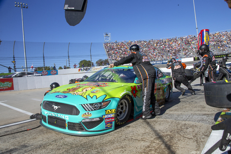 October 27, 2019 - Martinsville, Virginia, USA: Corey LaJoie (32) and crew make a pit stop for the First Data 500 at Martinsville Speedway in Martinsville, Virginia.
