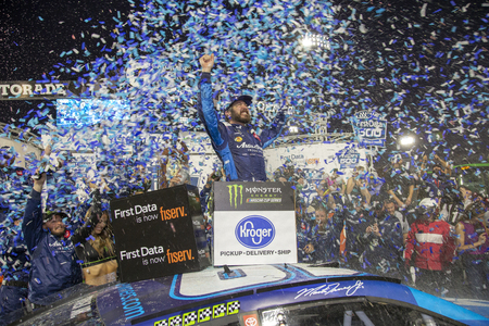 October 27, 2019 - Martinsville, Virginia, USA: Martin Truex Jr. (19) wins the First Data 500 at Martinsville Speedway in Martinsville, Virginia. Redakční