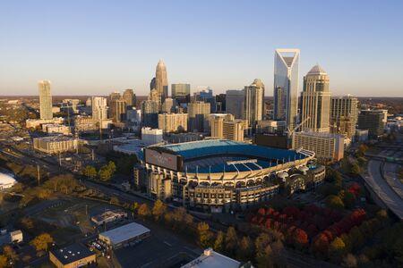 Stadion Bank of America jest siedzibą drużyny NFL Carolina Panthers w Charlotte w Karolinie Północnej.