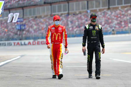 Kurt Busch (1) and Matt Kenseth (42) get ready for the GEICO 500 at Talladega Superspeedway in Lincoln, Alabama.