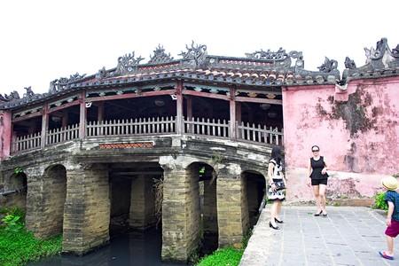 ponte giapponese: Ponte giapponese a Hoi An, Vietnam Editoriali
