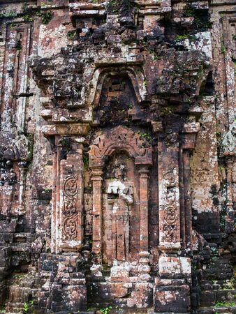 hinduismo: Mi hijo - ruines hinduism en Vietnam