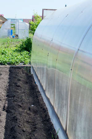 polycarbonate: The polycarbonate greenhouse for cultivation of early cultures