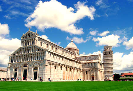 leaning tower of pisa: Pisa Cathedral with the Leaning Tower of Pisa