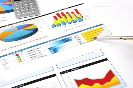 indicatore: finanziare le tabelle ed i grafici, finanza investimenti business concetto