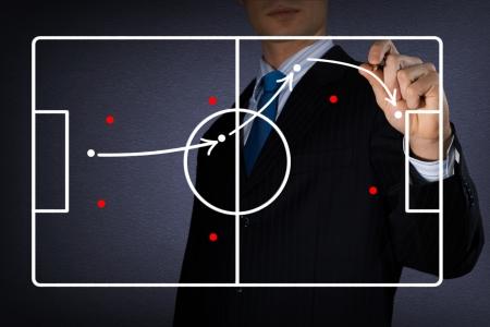 コーチのイメージはフットボールの試合の図を描画します
