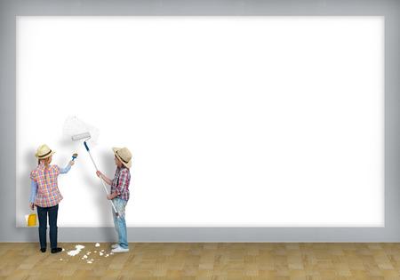 place for children: imagen de un ni�os pintar la pared del rodillo, el lugar de texto