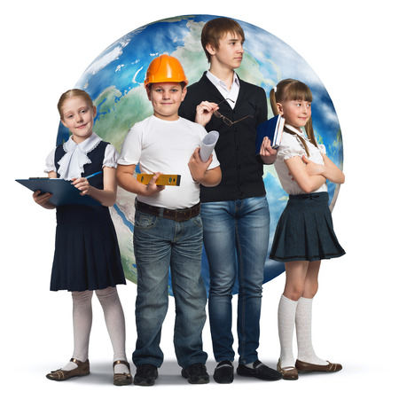 diferentes profesiones: Children of school age trying different professions.
