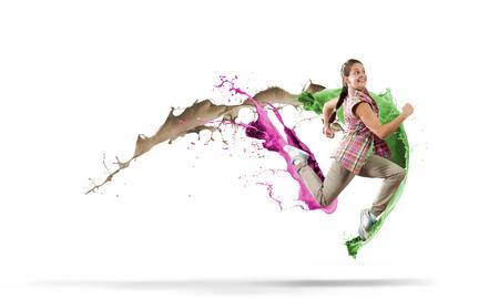 bailarina: Joven bailarina mujer hip hop salto alto Foto de archivo