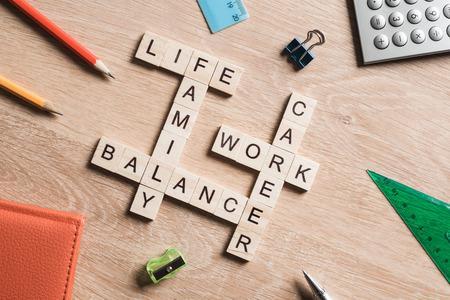 Konzept der Harmonie und Balance zwischen Arbeit und Familie